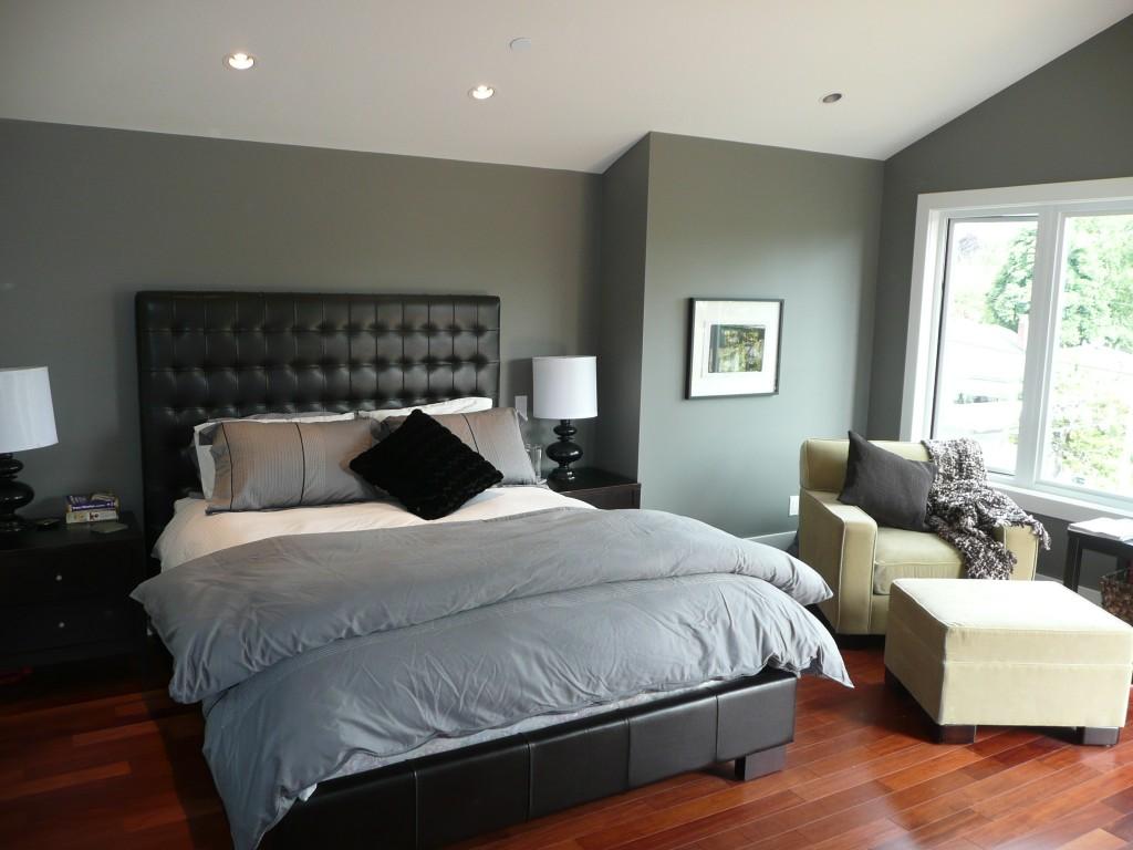 bedroom-hardwood