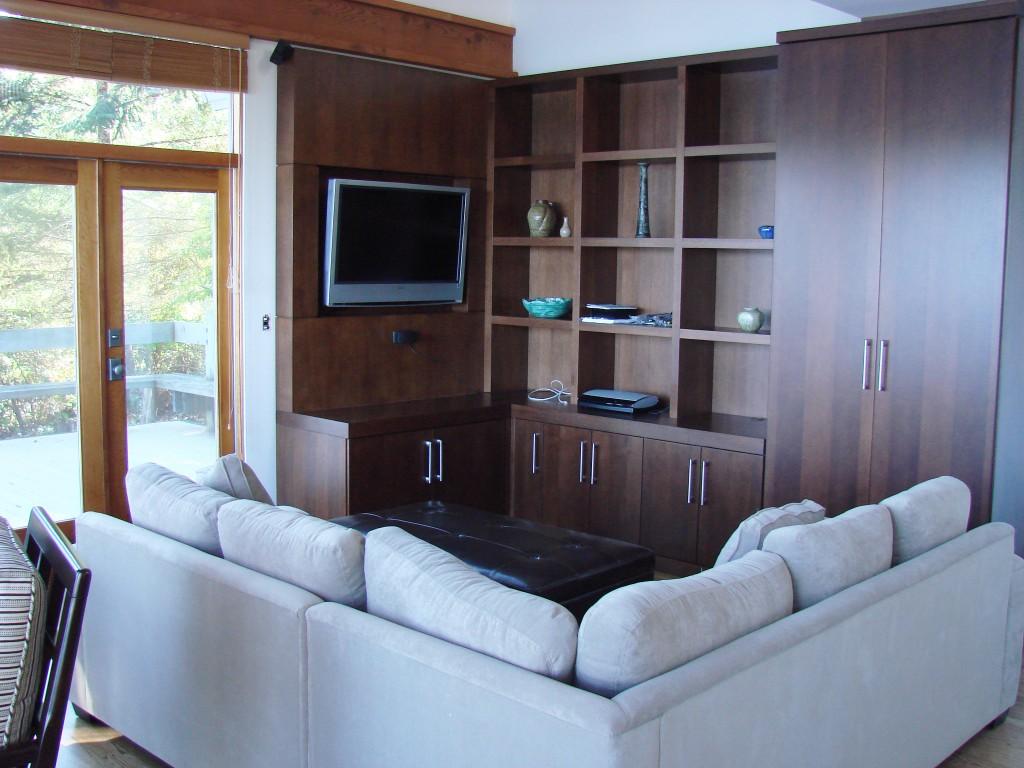 compact-livingroom