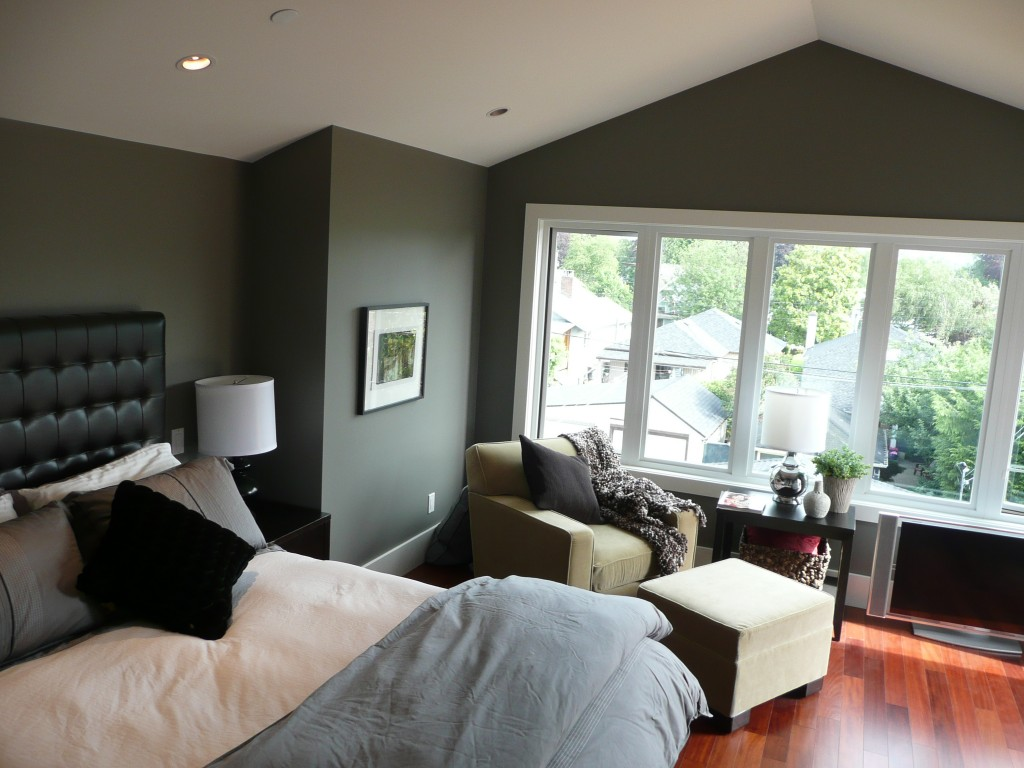 Vancouver custom home renovation gallery by silver fern for Bedroom cathedral ceiling