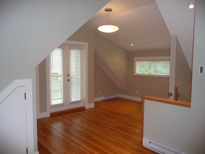 converted-garage-bedroom