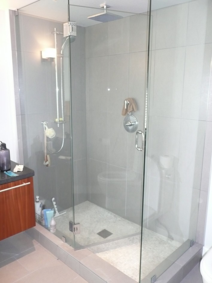 glass-rainfall-shower