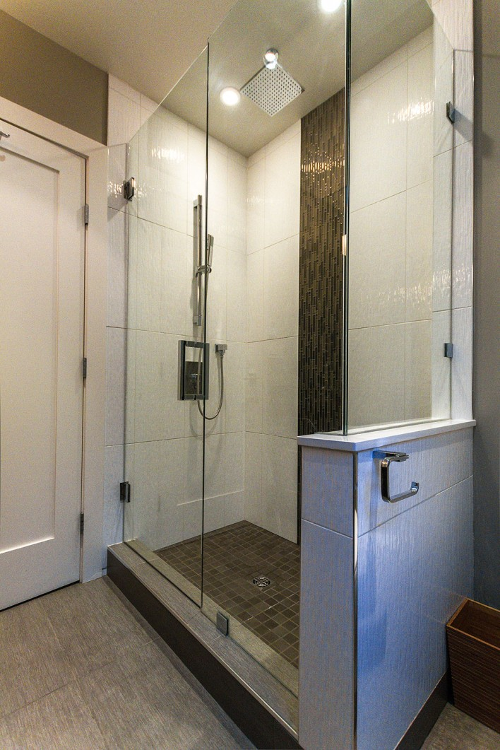 glass-shower-tilework