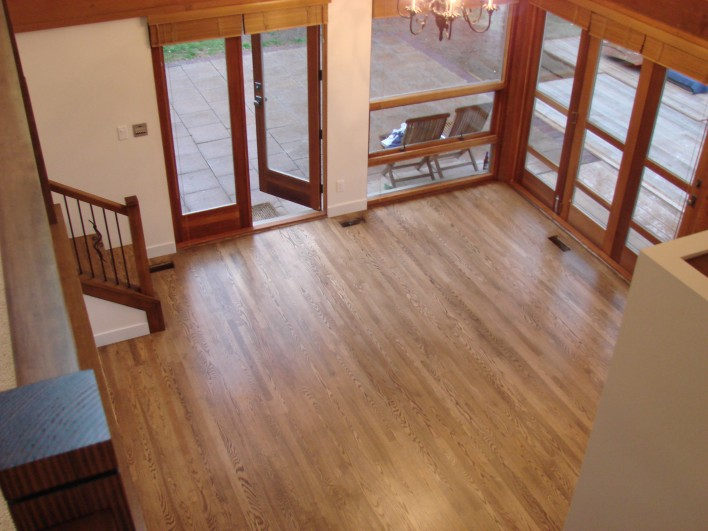 hardwood-foyer