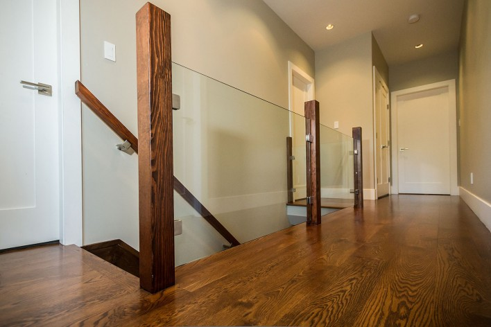 hardwood-hallway