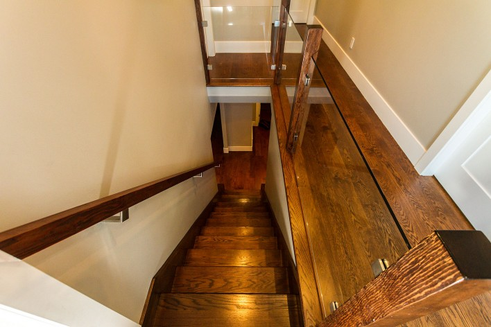 hardwood-stairwell