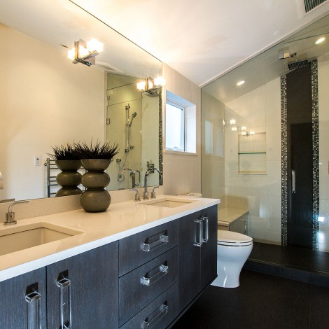 Vaulted Ceiling with Dual Vanity